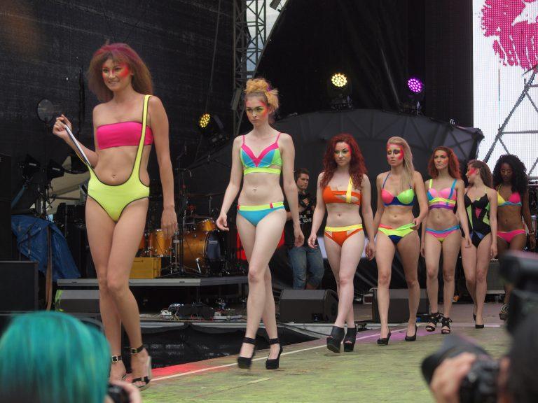 bikini mumbai